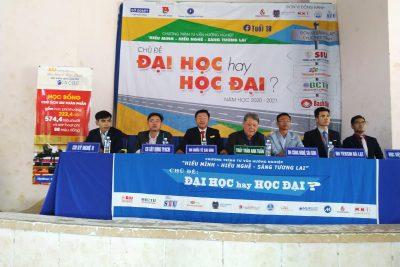 """Chương trình """"Tư vấn hướng nghiệp"""" tỉnh Đắk Nông, năm học 2020-2021 tại trường THPT Trần Phú"""