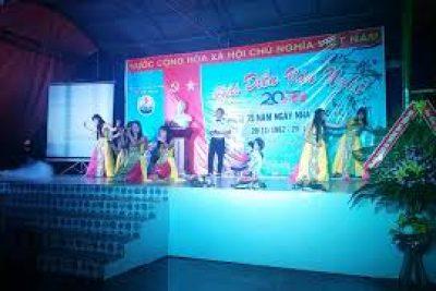Văn nghệ chào mừng ngày Nhà giáo Việt Nam 20-11-2017